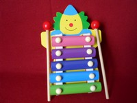 xylophone clown